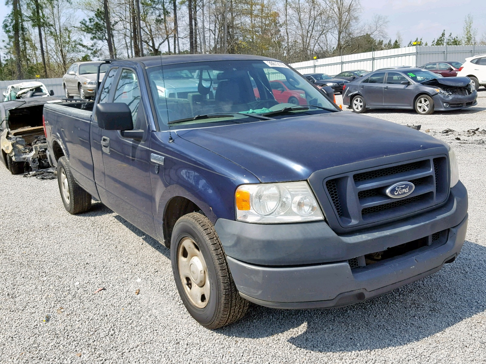 Salvage 2005 Ford F150 for sale