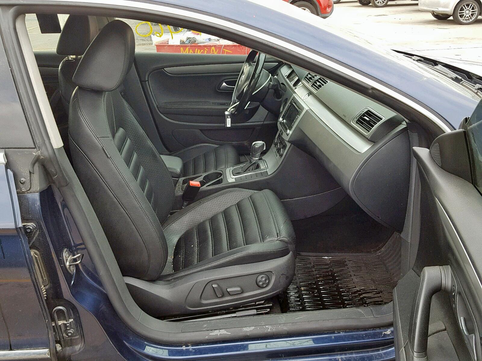 WVWMN7AN3CE521047 - 2012 Volkswagen Cc Sport 2.0L close up View