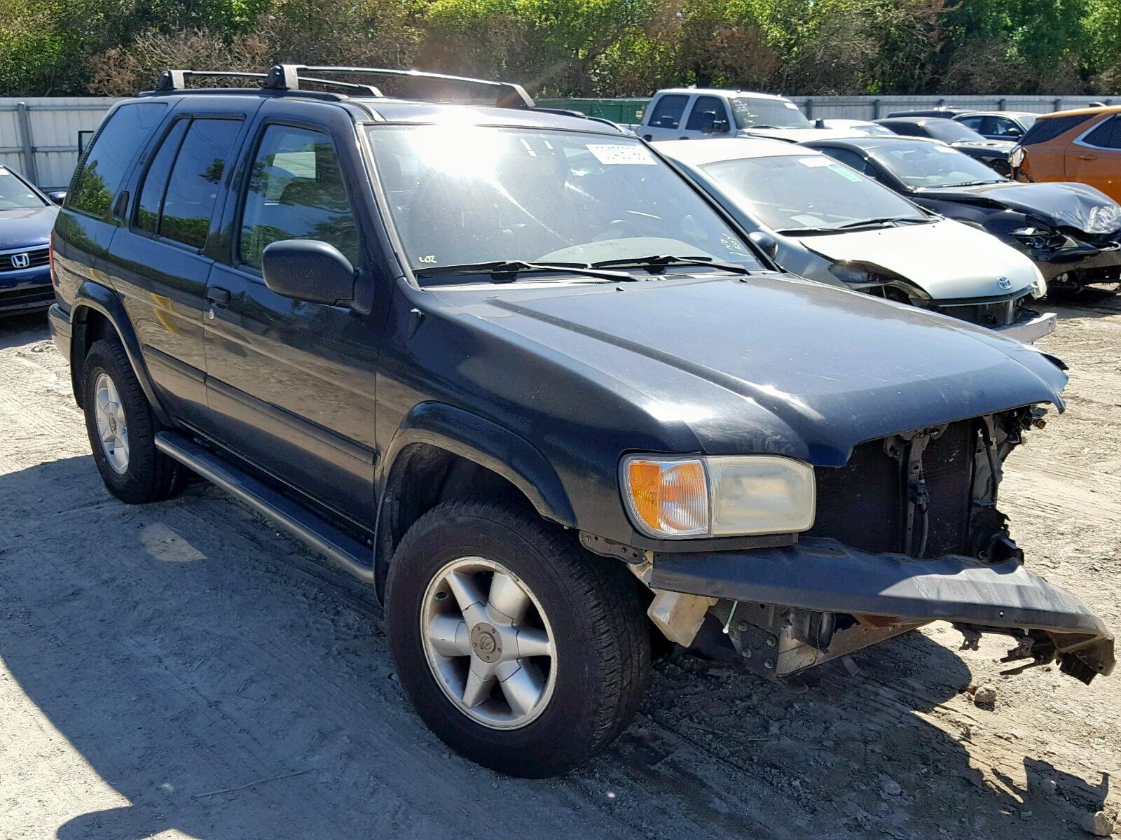 Salvage 2000 Nissan PATHFINDER for sale