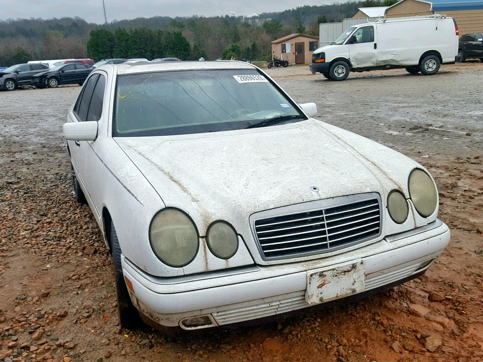 Salvage 1999 Mercedes-Benz E 320 for sale