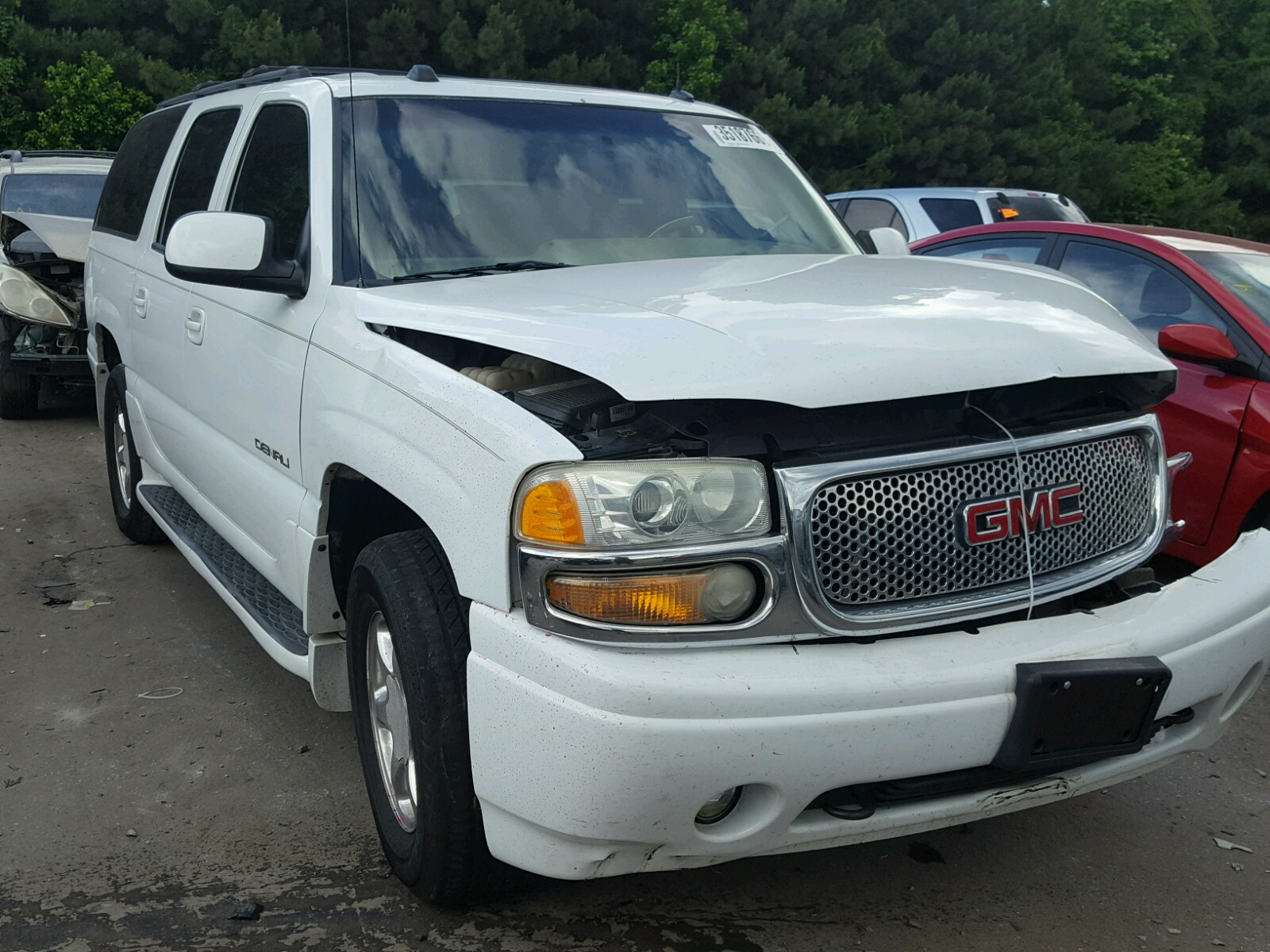 Salvage 2004 GMC YUKON XL D for sale