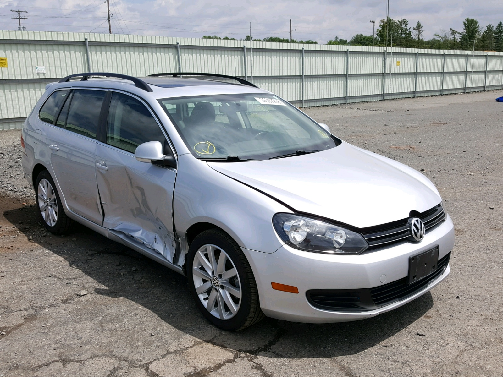 volkswagen released pricing sees side jetta bump motion mpg tdi news rear view
