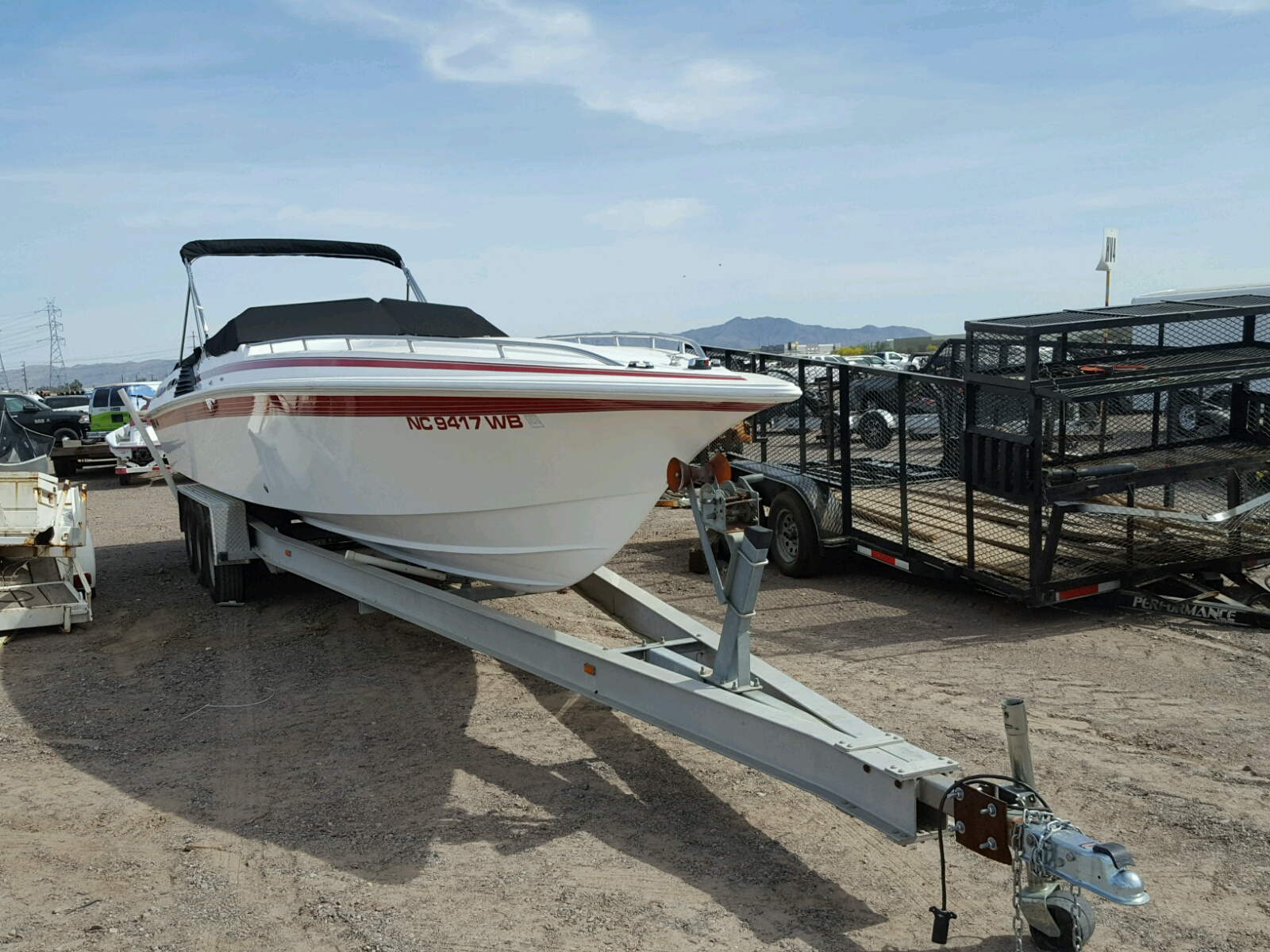 Salvage 1992 Fountain BOAT for sale