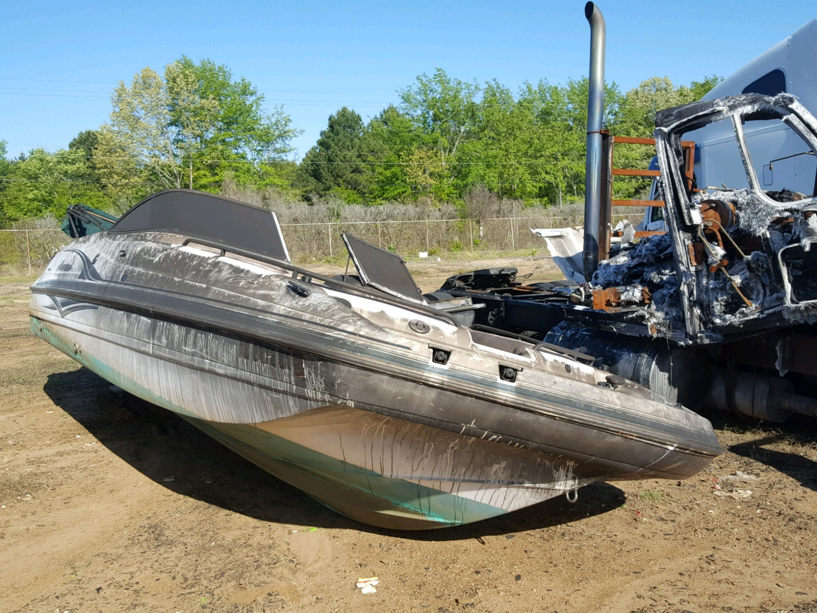 Salvage 2005 Hurricane BOAT for sale