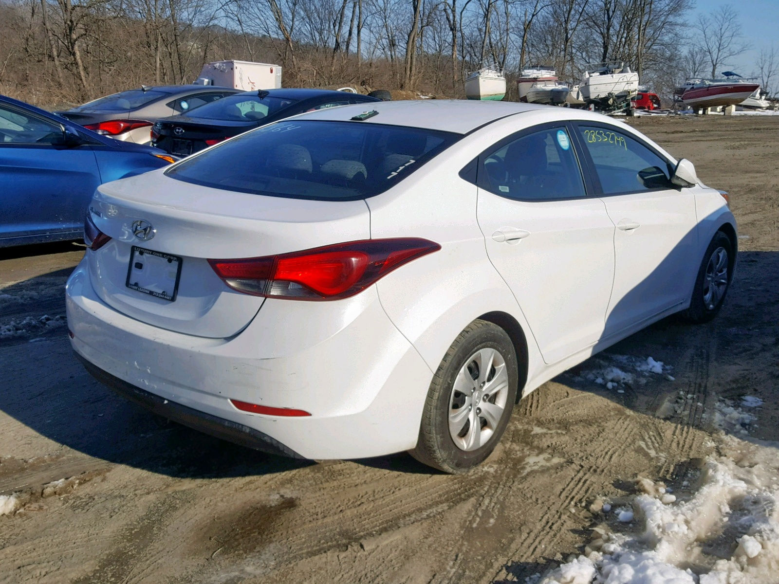 2016 Hyundai Elantra Se 1.8L rear view