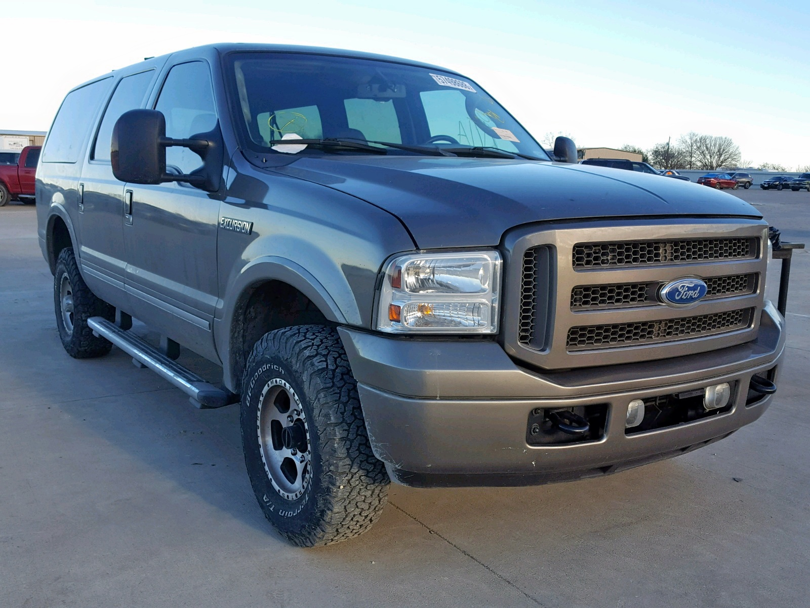 Salvage 2005 Ford EXCURSION for sale