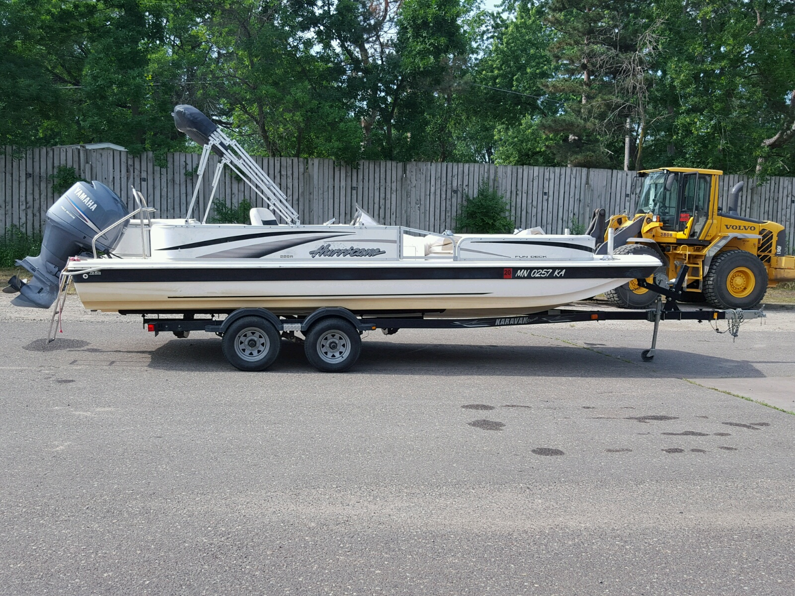 Salvage 2006 Hurricane 228R for sale
