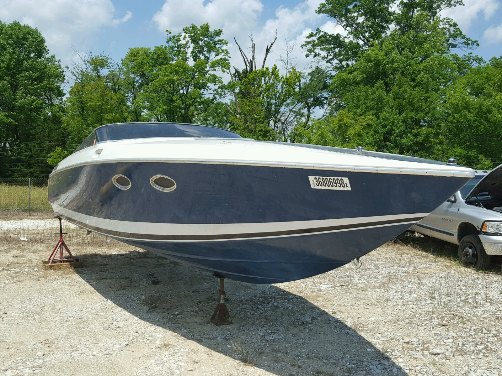 Salvage 1987 Donzi BOAT for sale