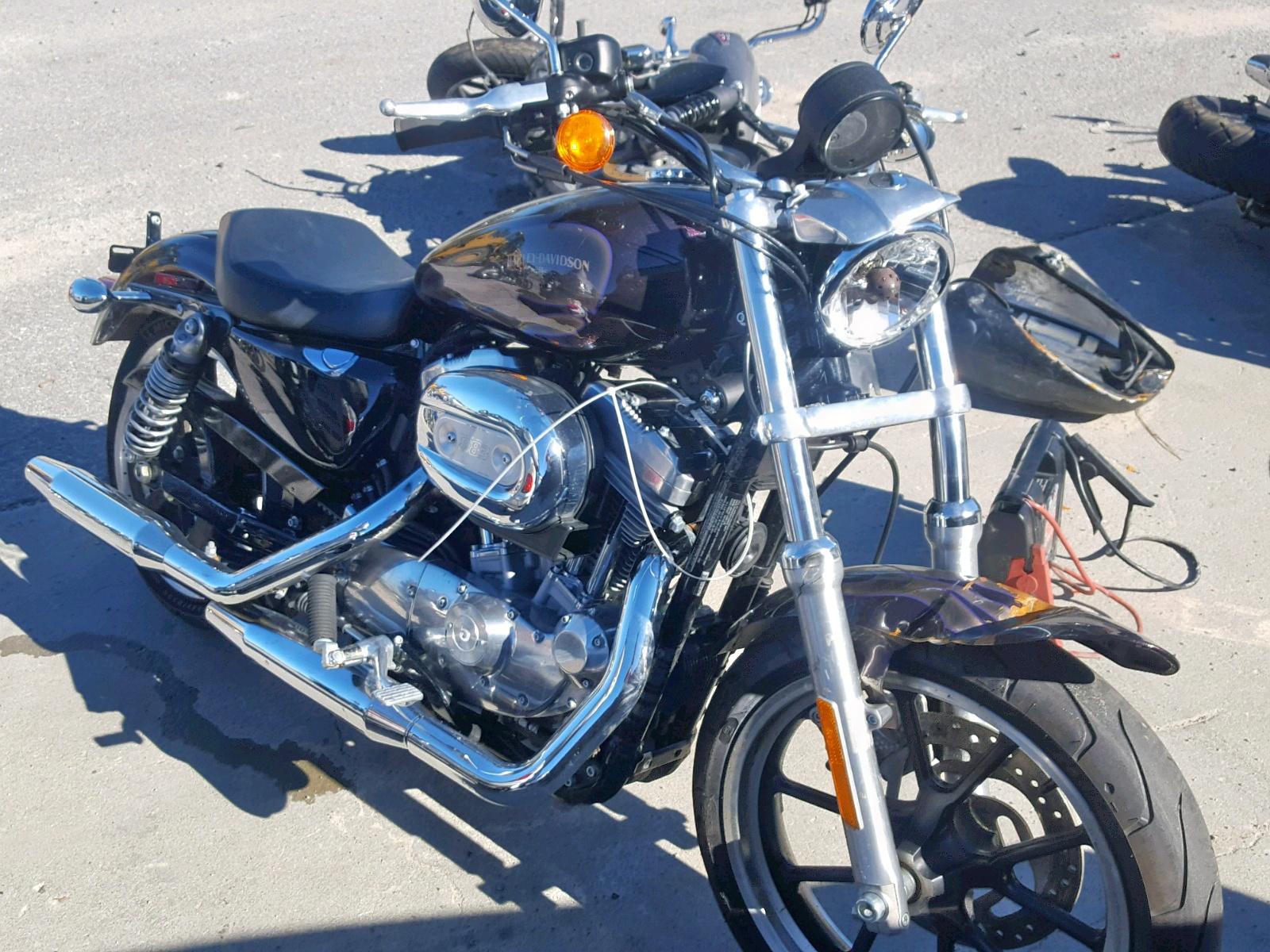 Salvage 2017 Harley-Davidson XL883 SUPER for sale