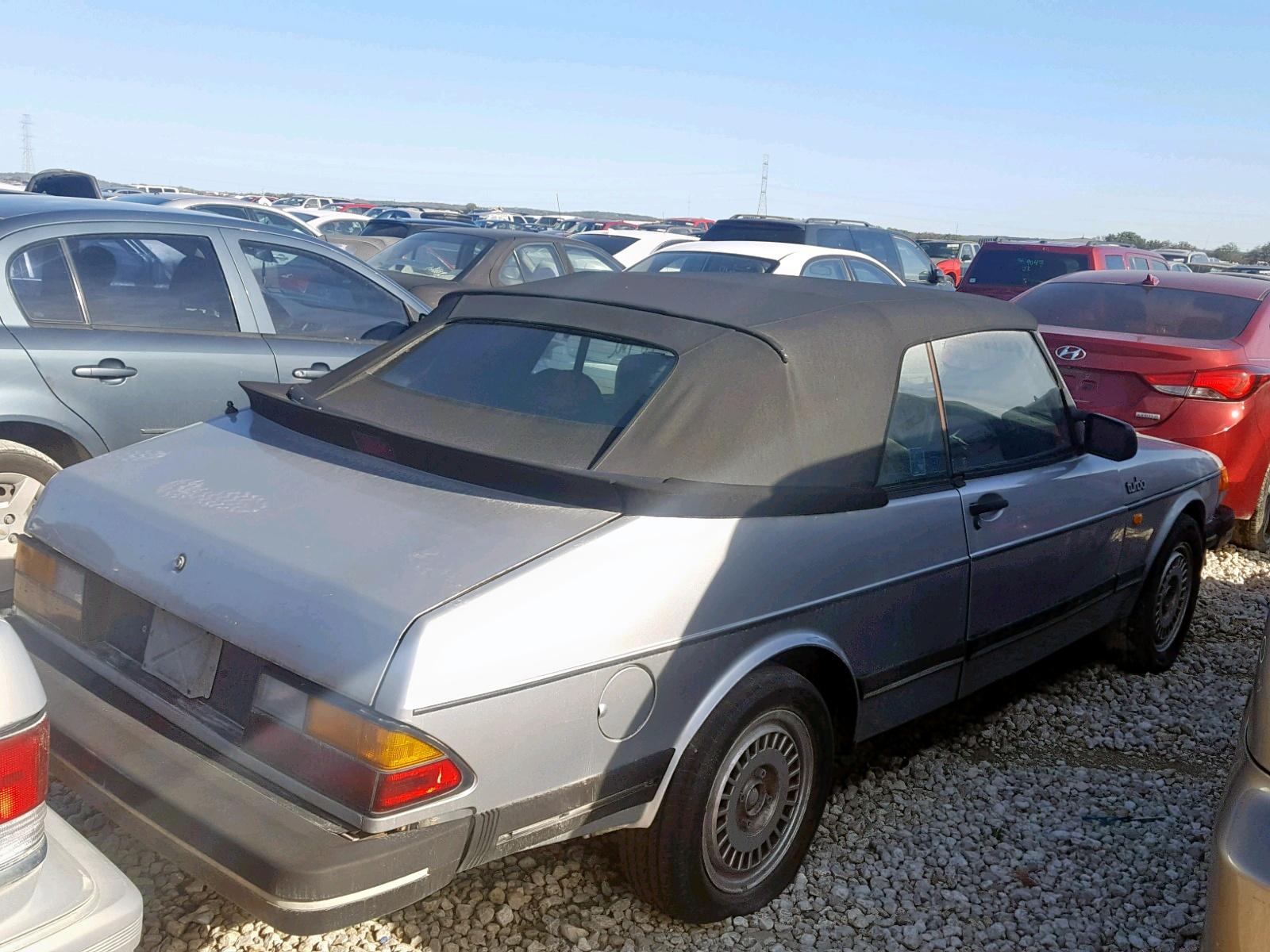 YS3AD75L7G7025556 - 1986 Saab 900 2.0L rear view