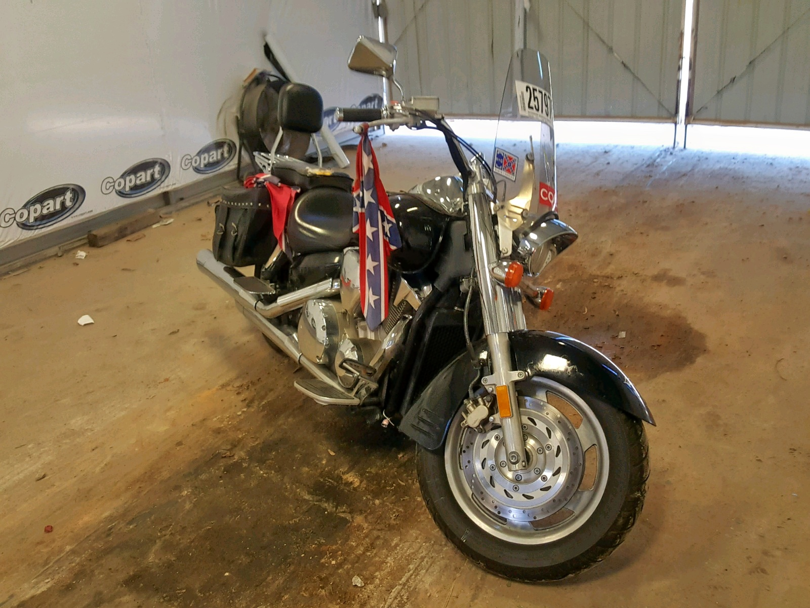 Salvage 2005 Honda VTX1300 R for sale
