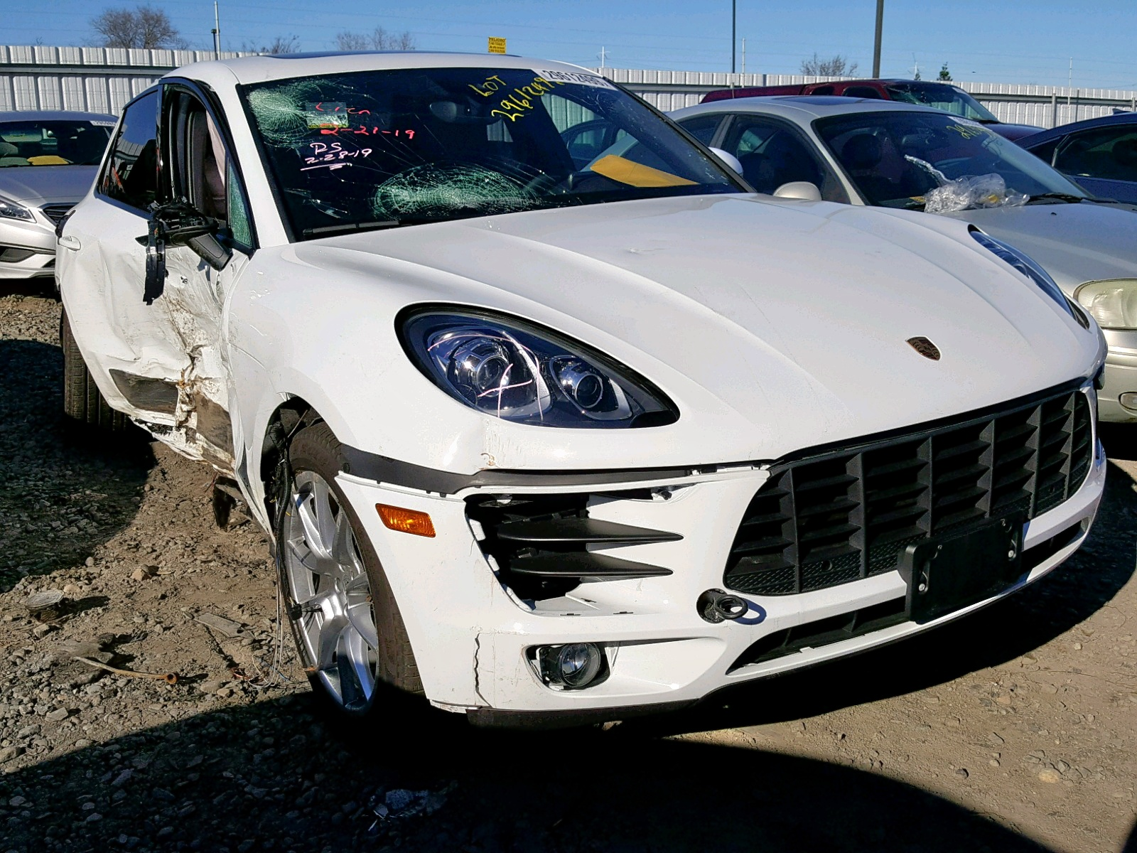 Salvage 2018 Porsche MACAN for sale