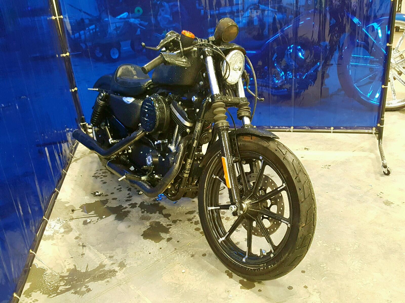 Salvage 2018 Harley-Davidson XL883 IRON for sale