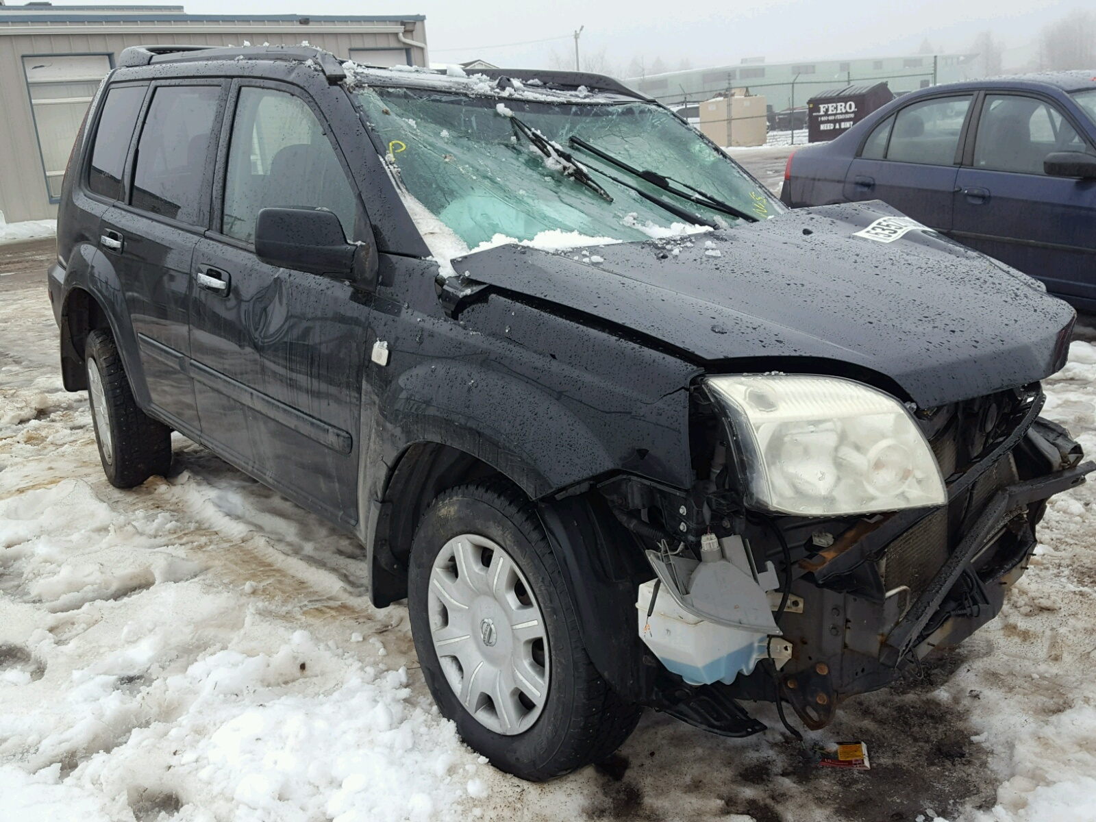 Salvage 2005 Nissan X-TRAIL XE for sale