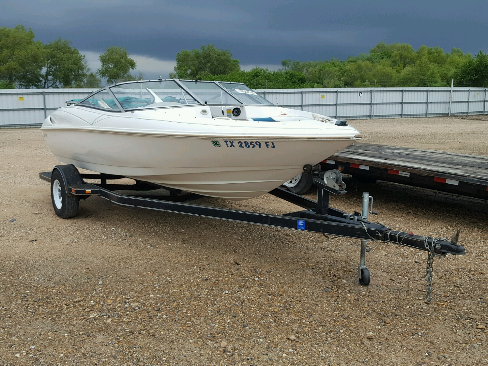 Salvage 1997 Wells Cargo BOAT for sale