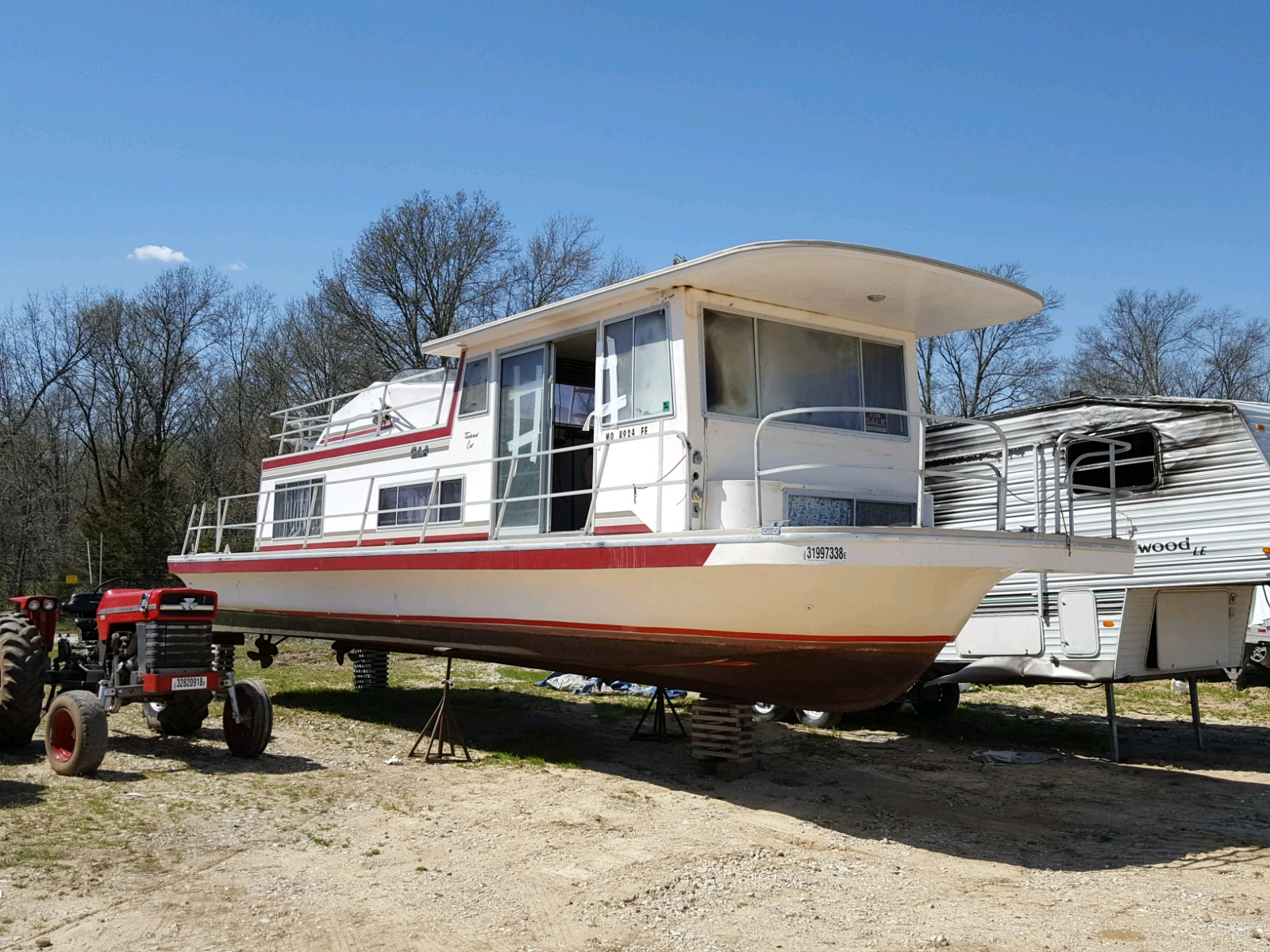 Salvage 1978 Carc BOAT for sale