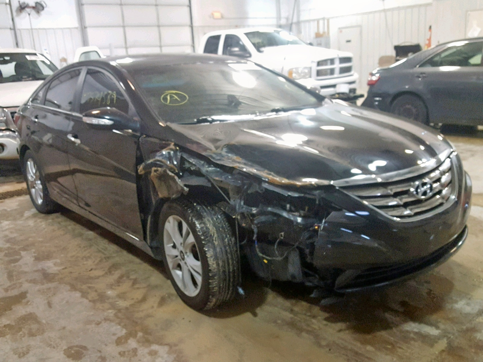 Salvage 2011 Hyundai SONATA SE for sale