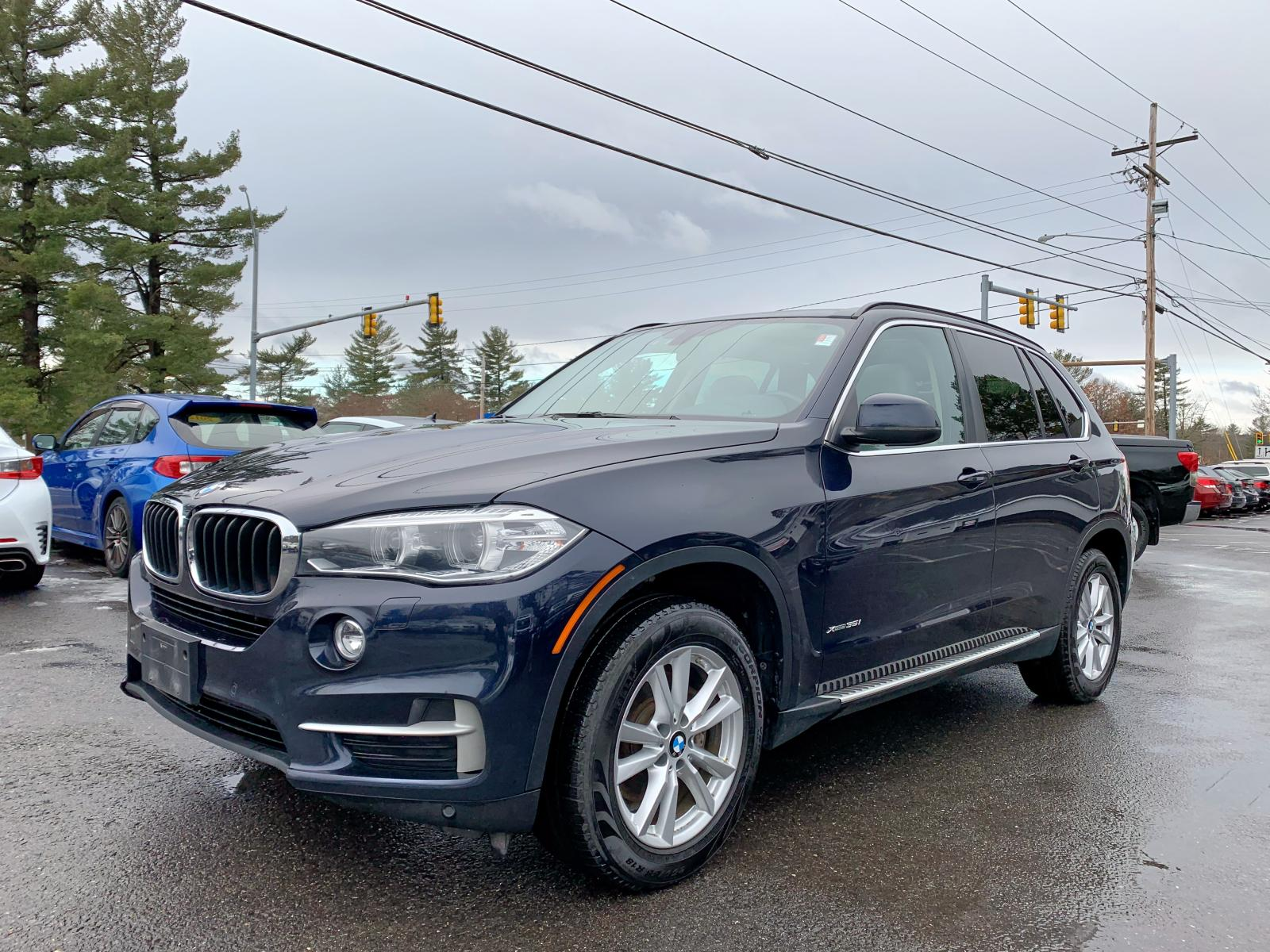 5UXKR0C58E0H25201 - 2014 Bmw X5 Xdrive3 3.0L Left View