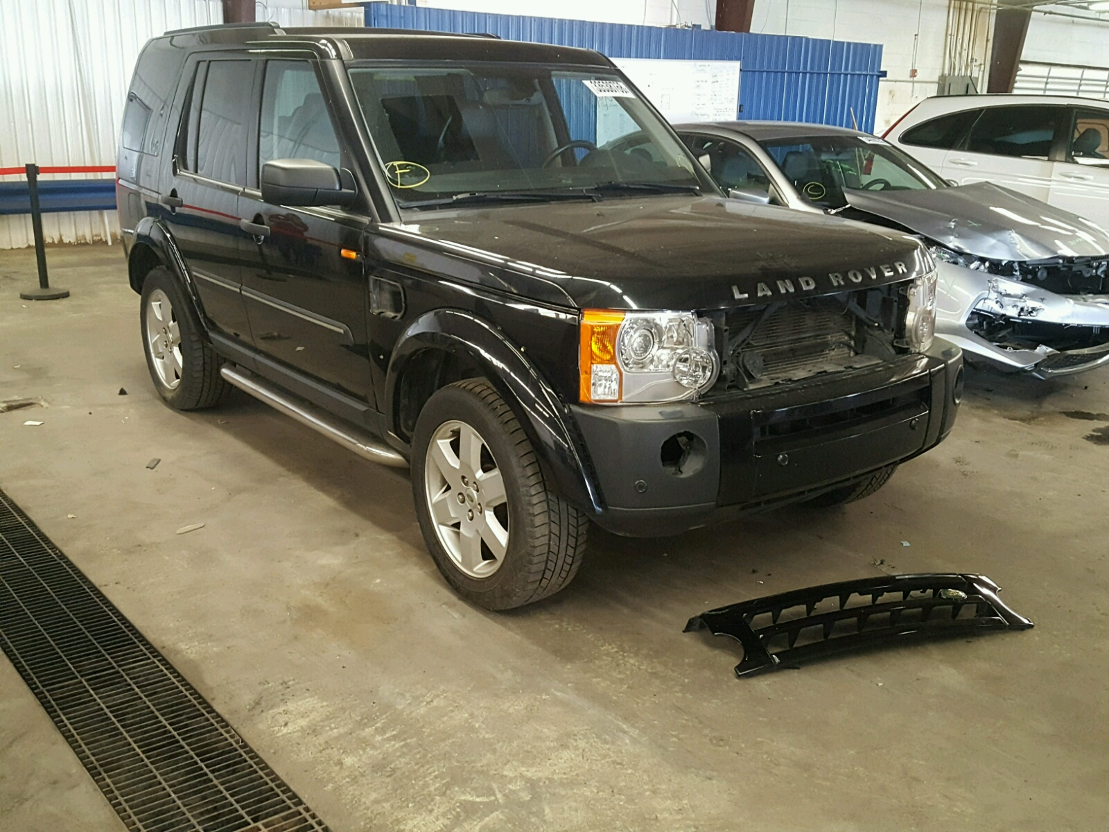 cert sale in salvage rover lot for auto of landrover black view auctions online carfinder en title des copart land moines ia hse on right