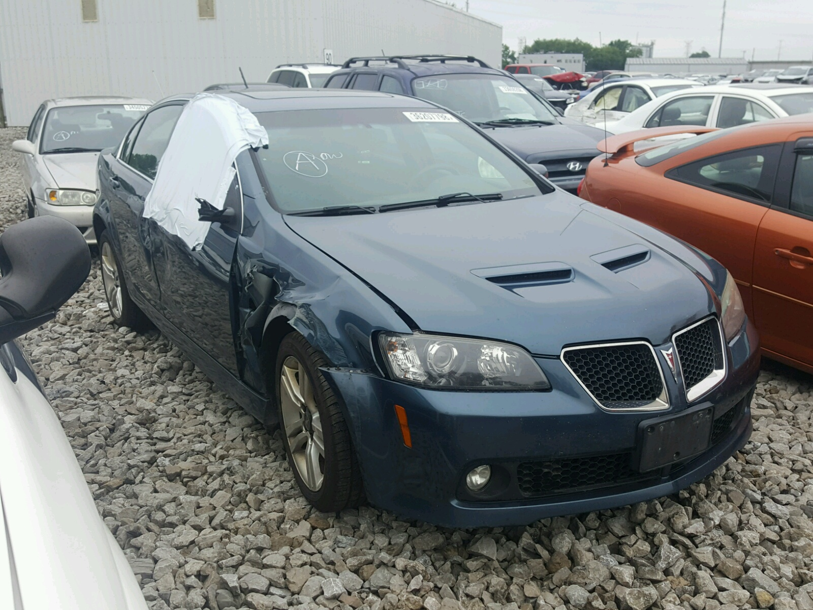 Salvage 2009 Pontiac G8 for sale