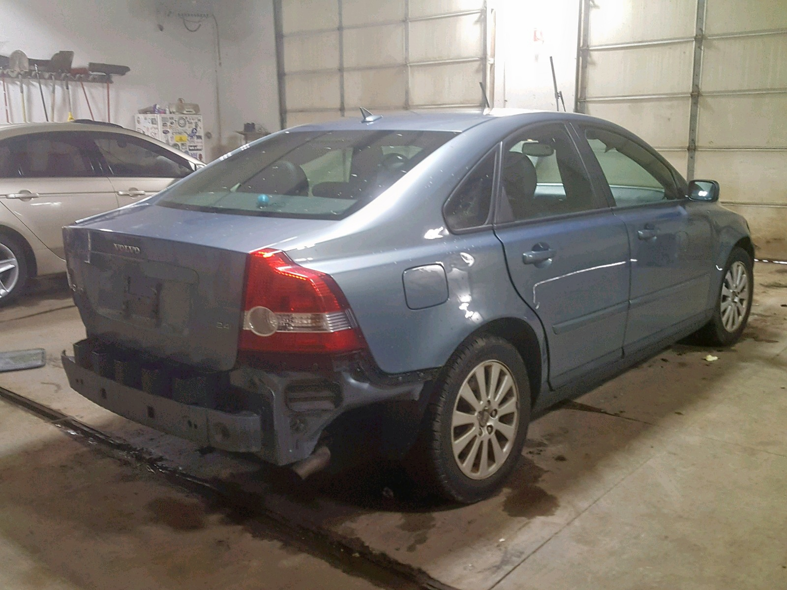 2004 Volvo S40 2 4I 2 4L 5 in MI - Ionia (YV1MS382242015929) for