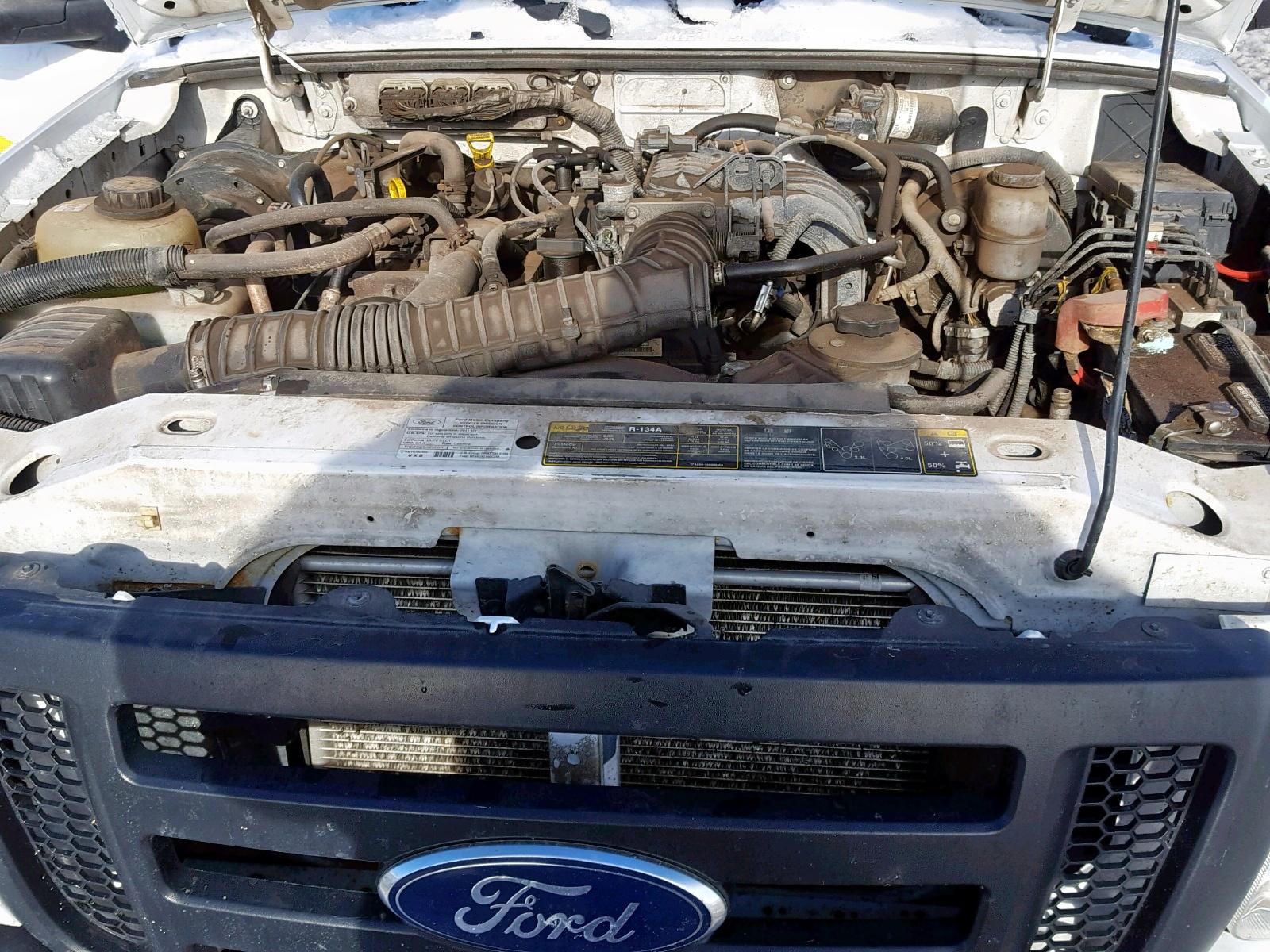 1FTKR1AD0BPA57346 - 2011 Ford Ranger 2.3L inside view