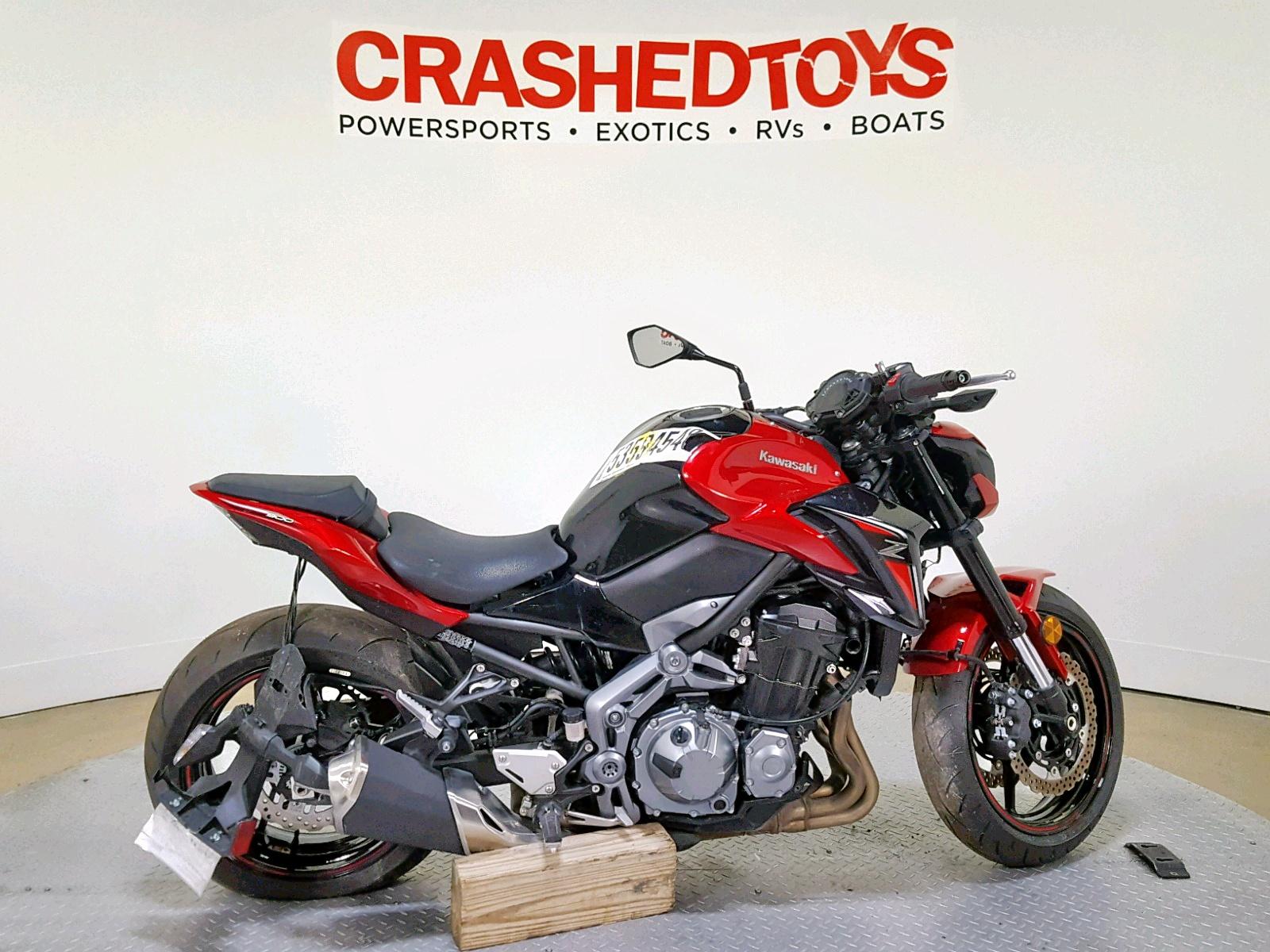 Salvage 2018 Kawasaki ZR900 for sale