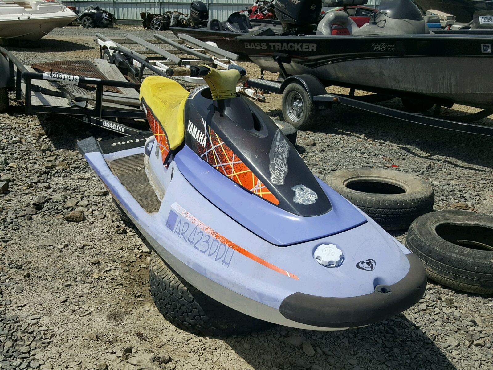 Salvage 1993 Yamaha WAVE RUNNER for sale