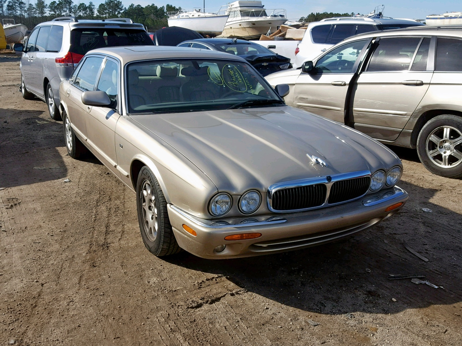Salvage 2000 Jaguar XJ8 L for sale