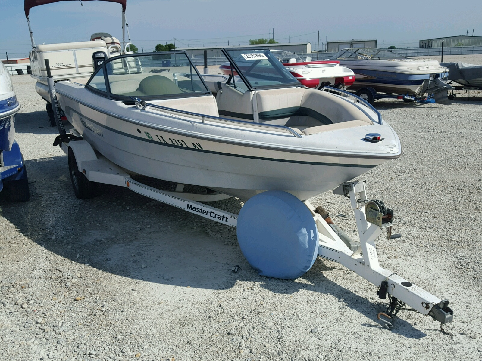 Salvage 1997 Mastercraft SKI BOAT for sale