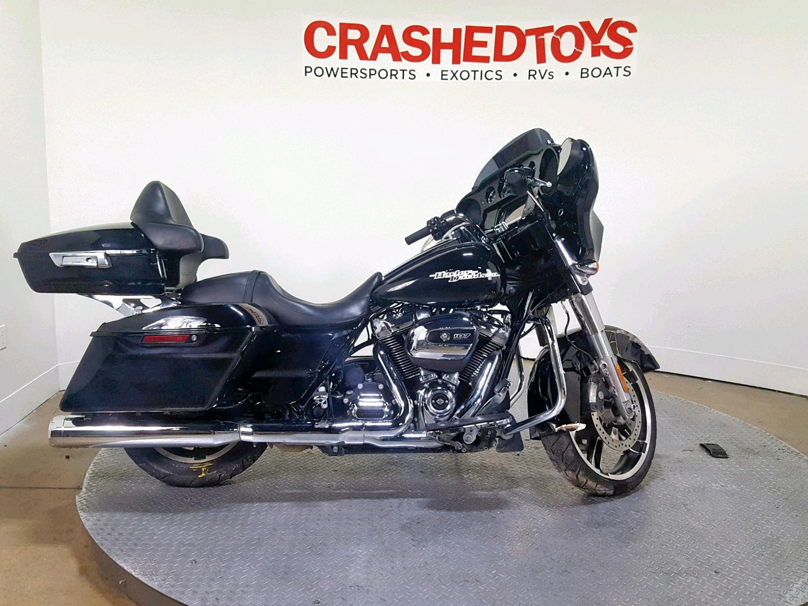 Salvage 2017 Harley-Davidson FLHXS STREET for sale