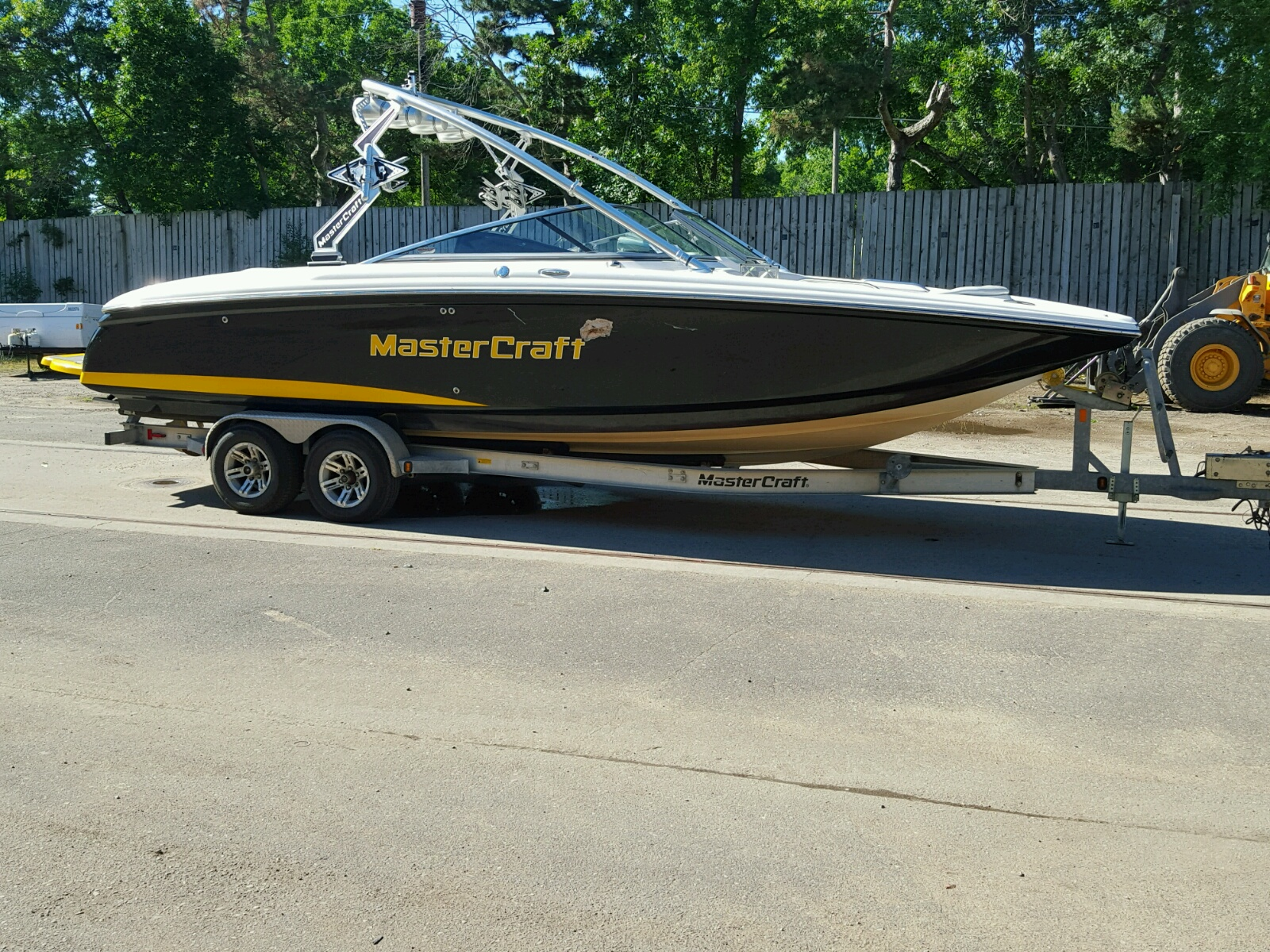 Salvage 2010 Mastercraft BOAT for sale