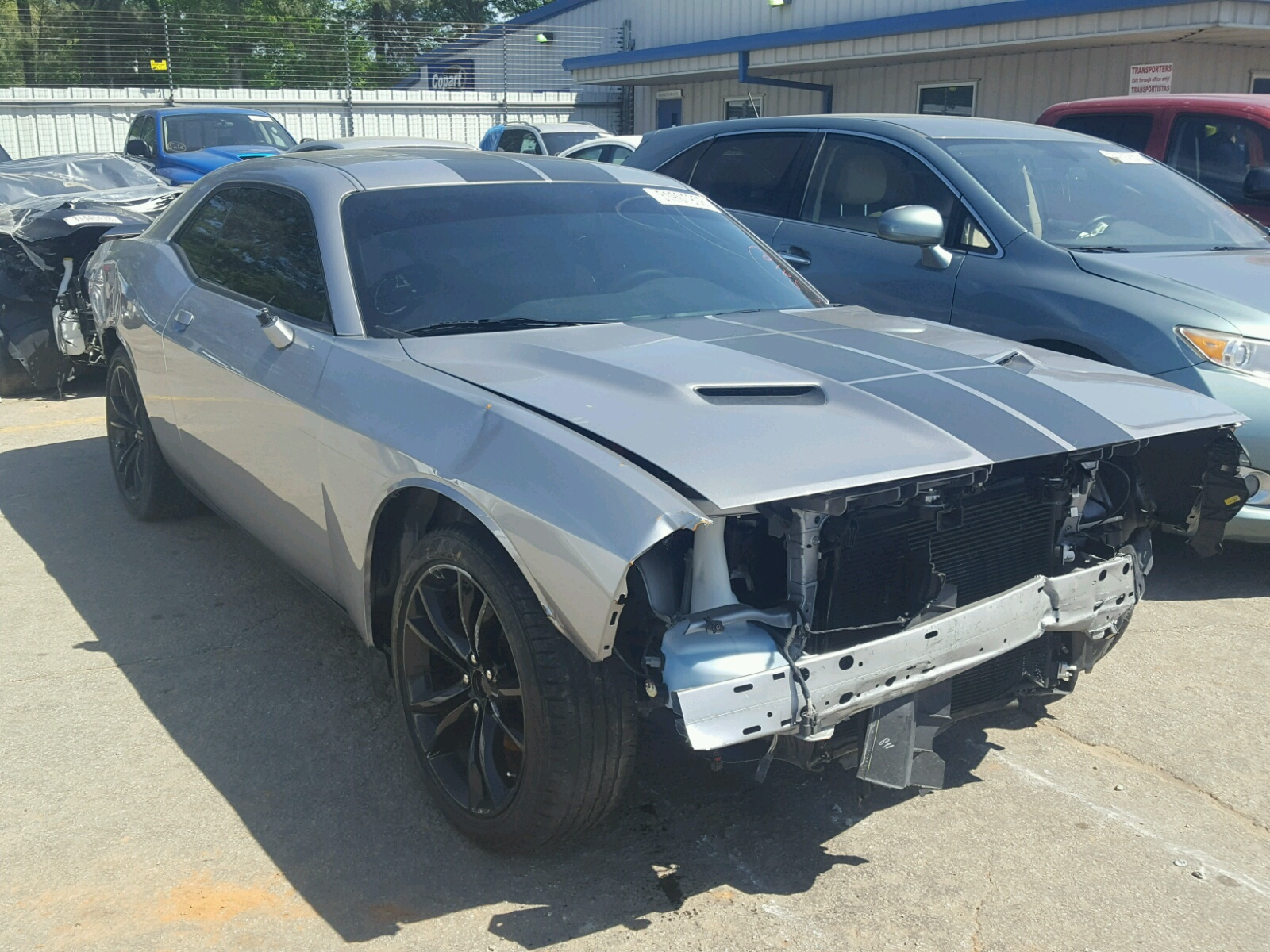 Salvaged DODGE CHALLENGER for Auction - AutoBidMaster