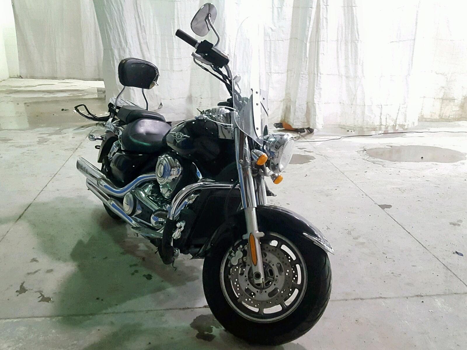 Salvage 2009 Kawasaki VN1700 E for sale