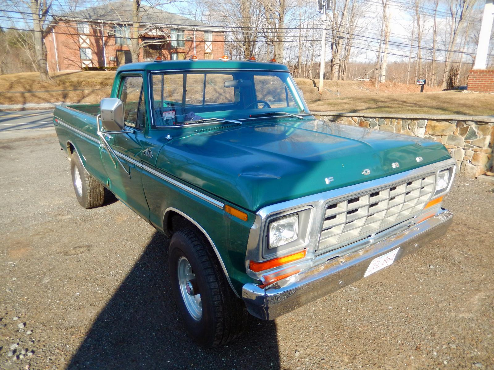 Salvage 1978 Ford F 250 For