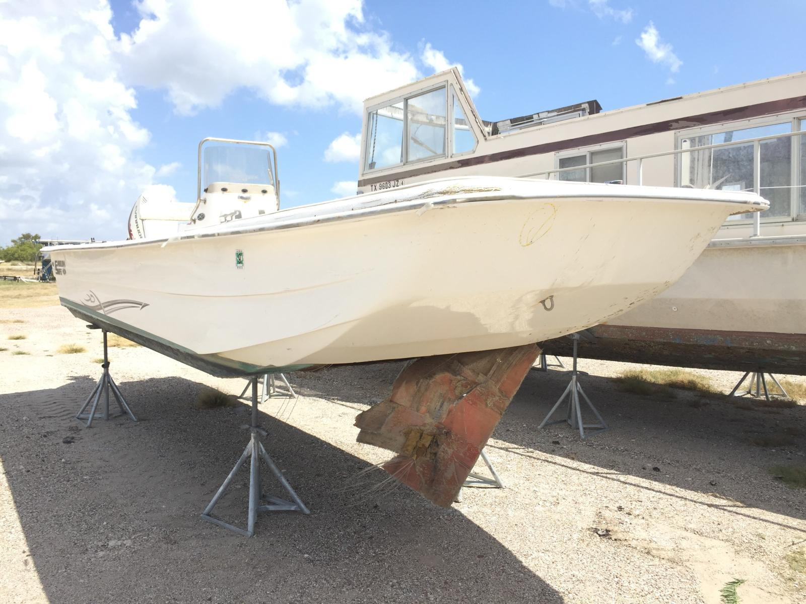 Salvage 2015 American General MARINE LOT for sale
