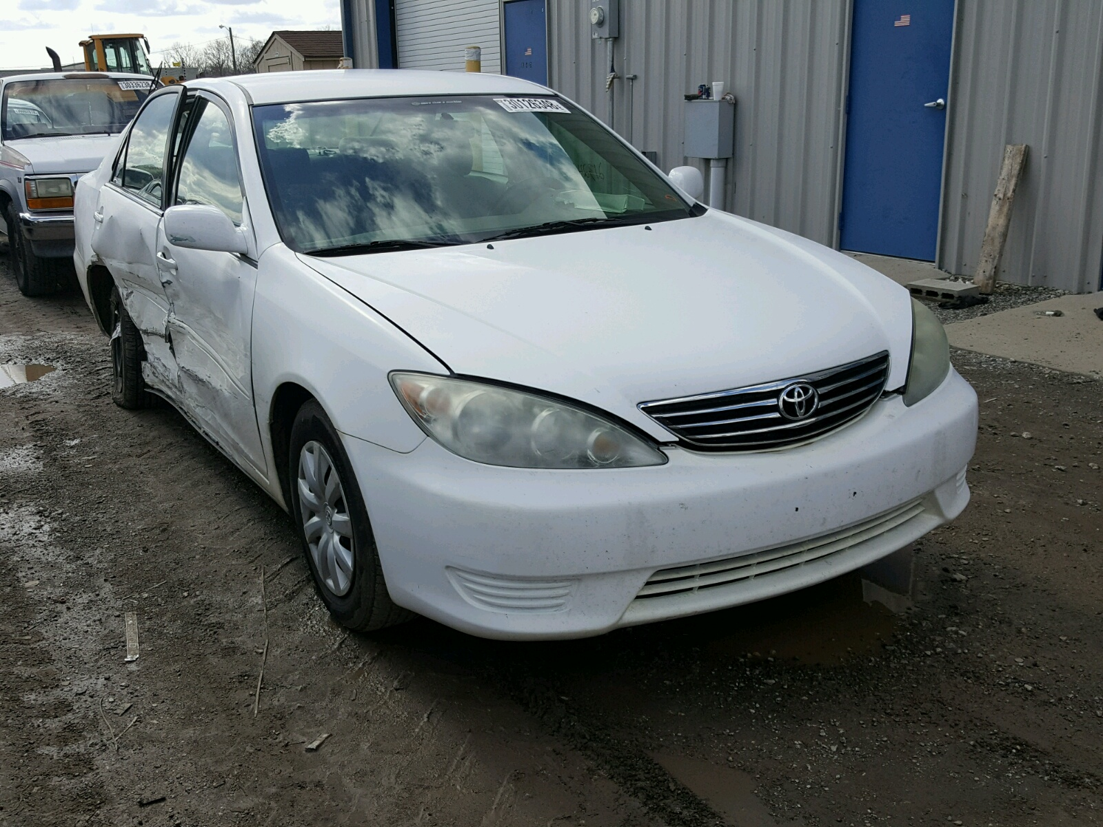 Auto Auction Ended on VIN 4T1SK11E5RU 1994 TOYOTA CAMRY BASE