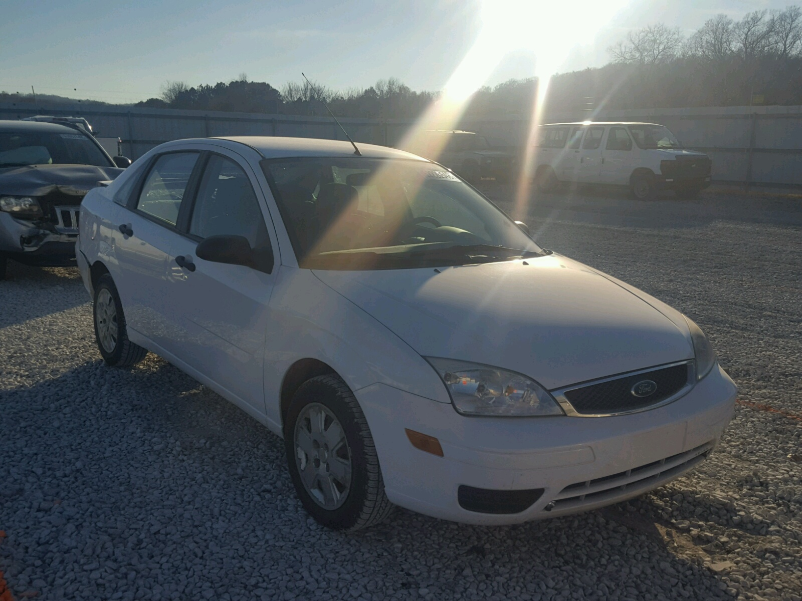Salvage 2007 Ford FOCUS ZX4 for sale
