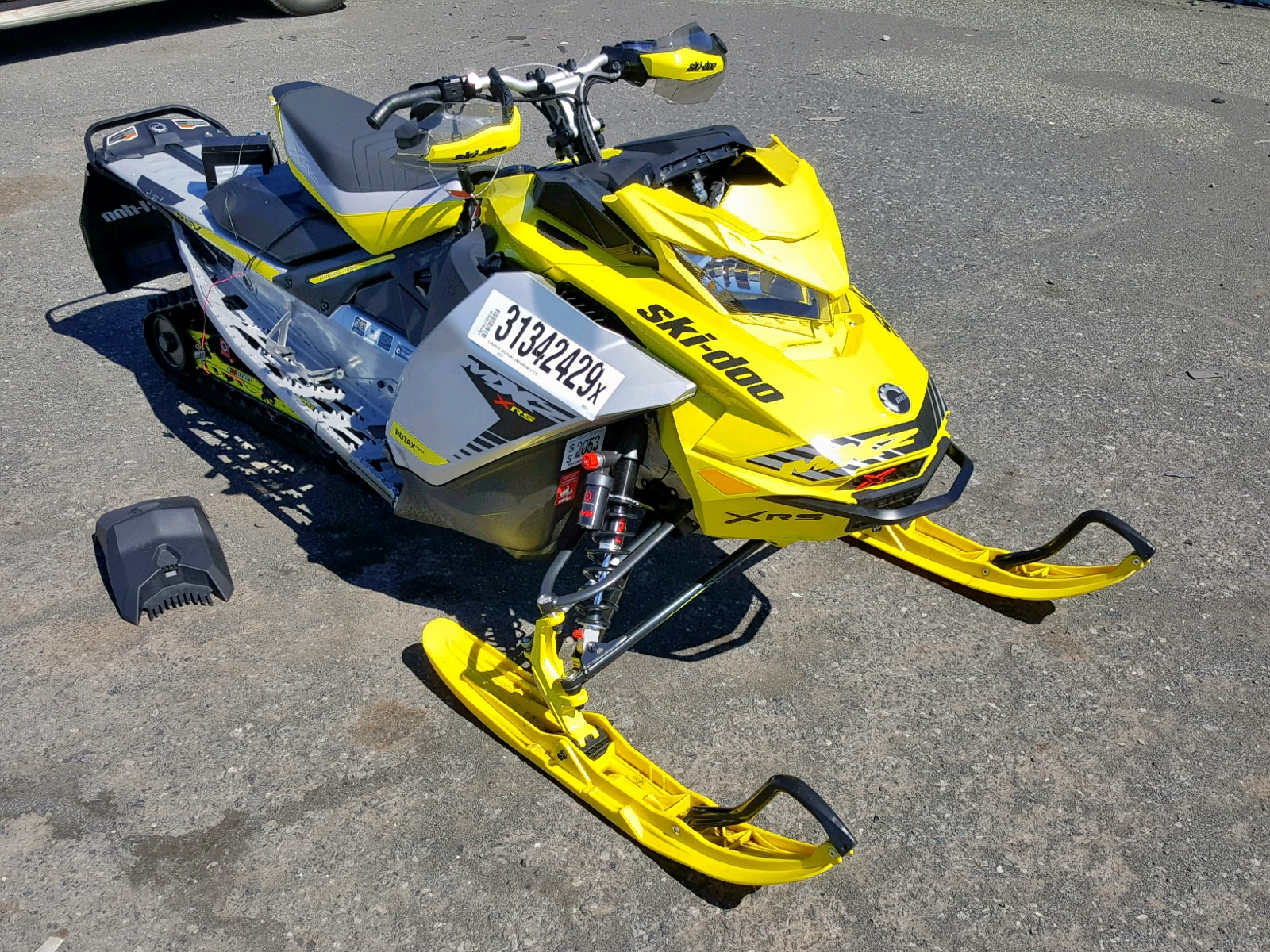 Salvage 2019 Skidoo BLIZZARD for sale
