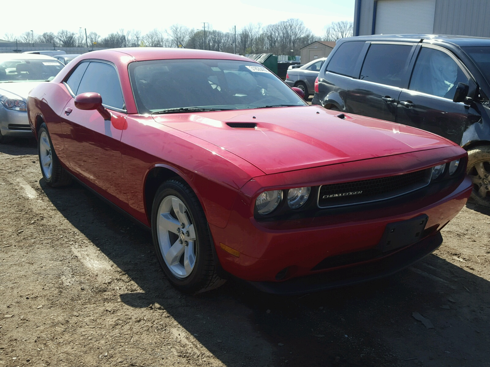 2013 dodge challenger for sale at copart louisville ky lot 31820408. Black Bedroom Furniture Sets. Home Design Ideas