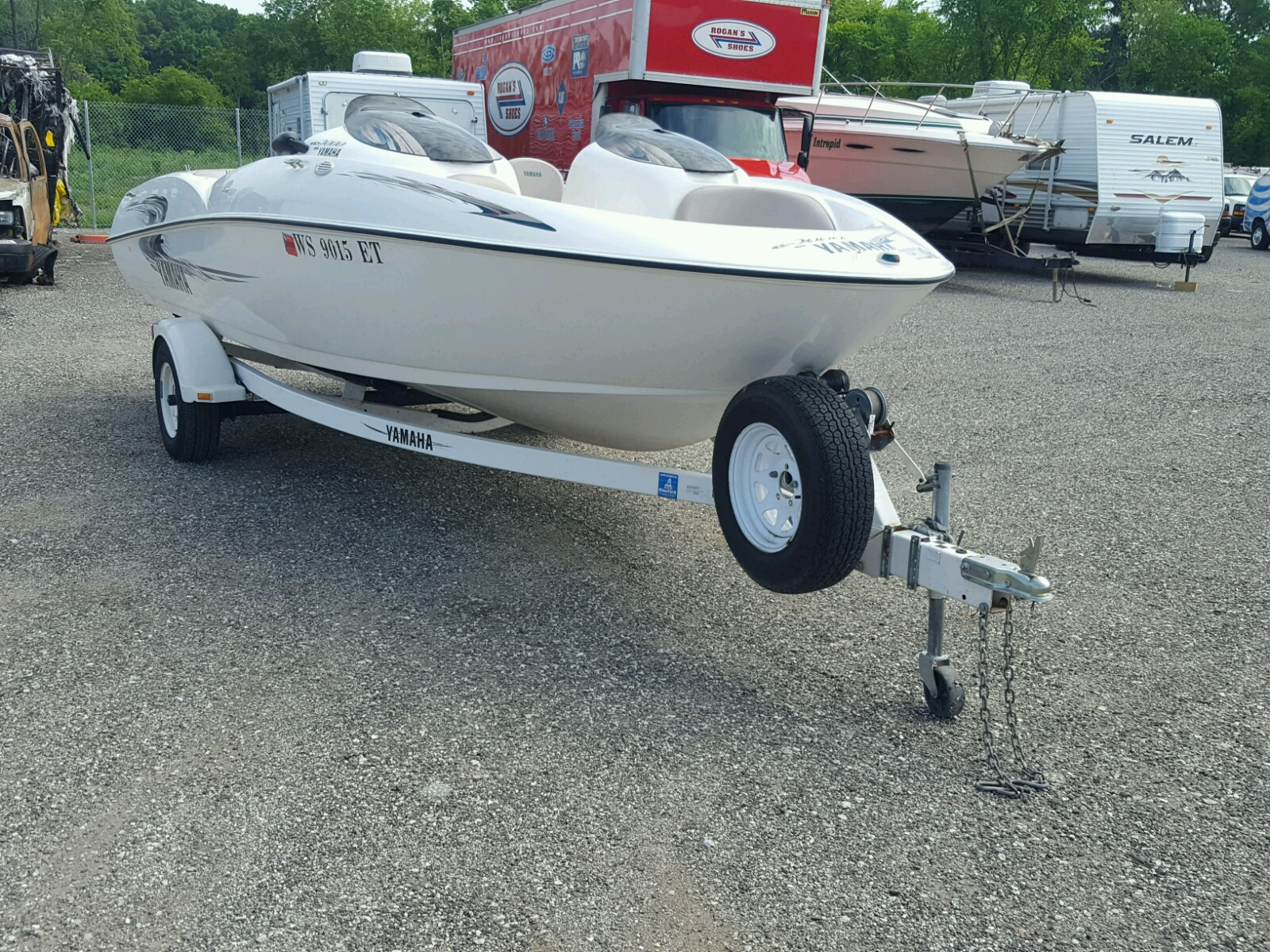 Salvage 2000 Yamaha BOAT for sale