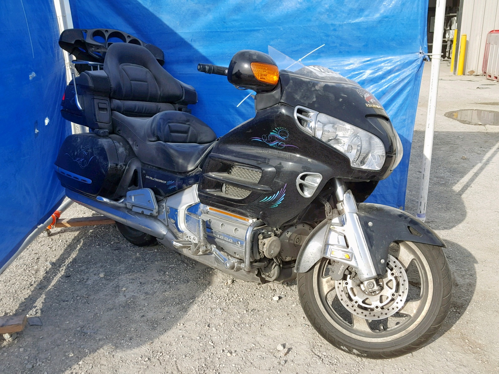 Salvage 2002 Honda GL1800 A for sale