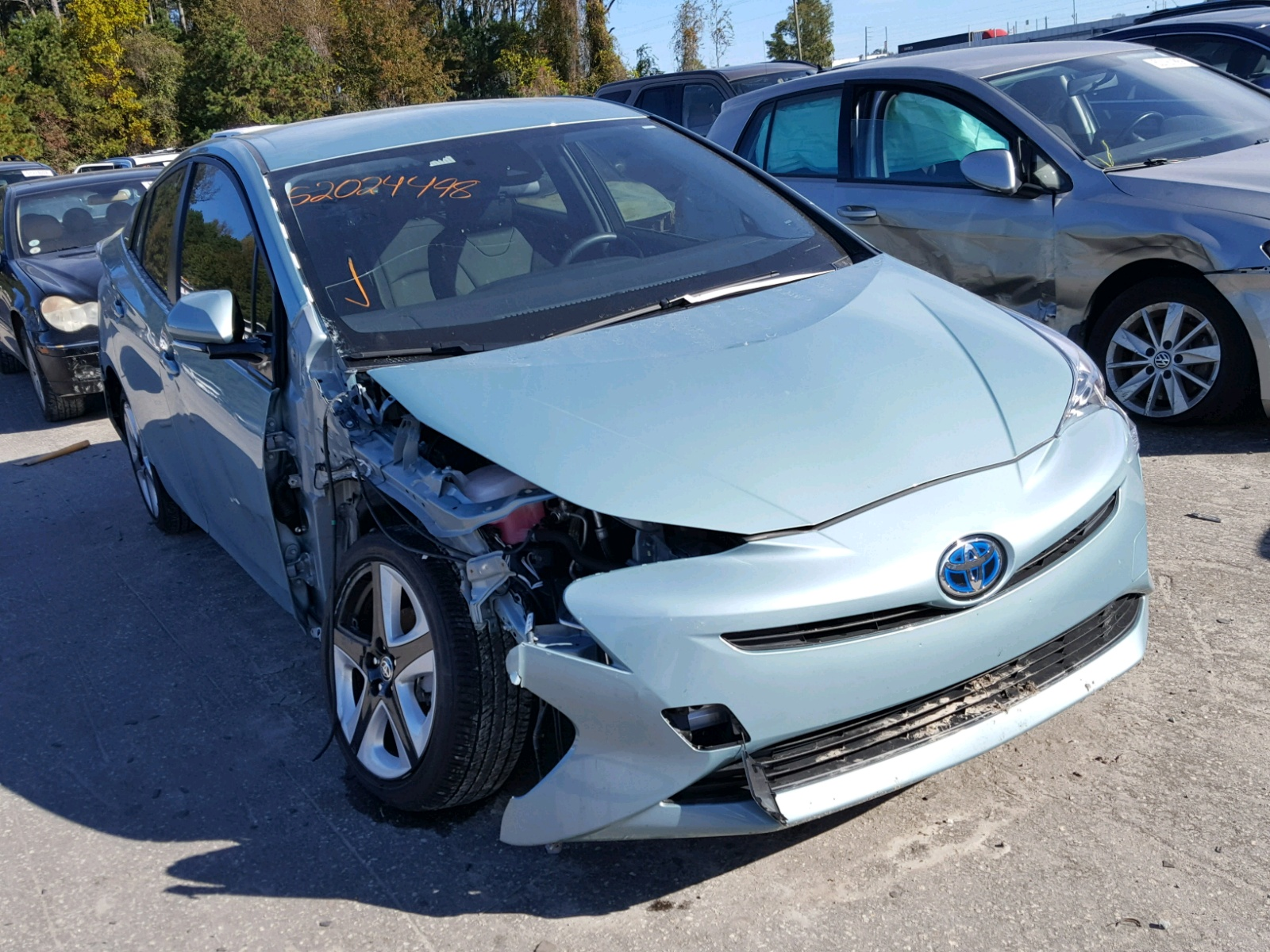 Salvage 2016 Toyota PRIUS for sale