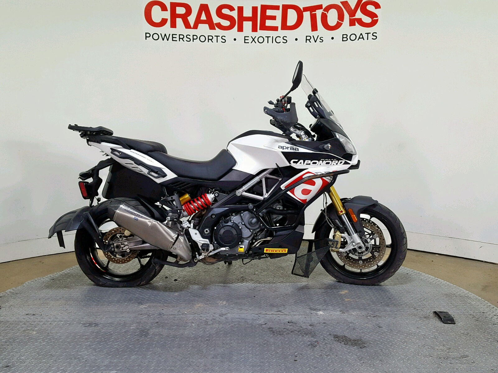 Salvage 2015 Aprilia CAPONORD 1 for sale