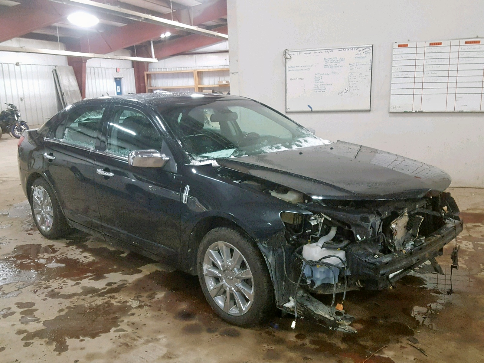 Salvage 2010 Lincoln MKZ for sale