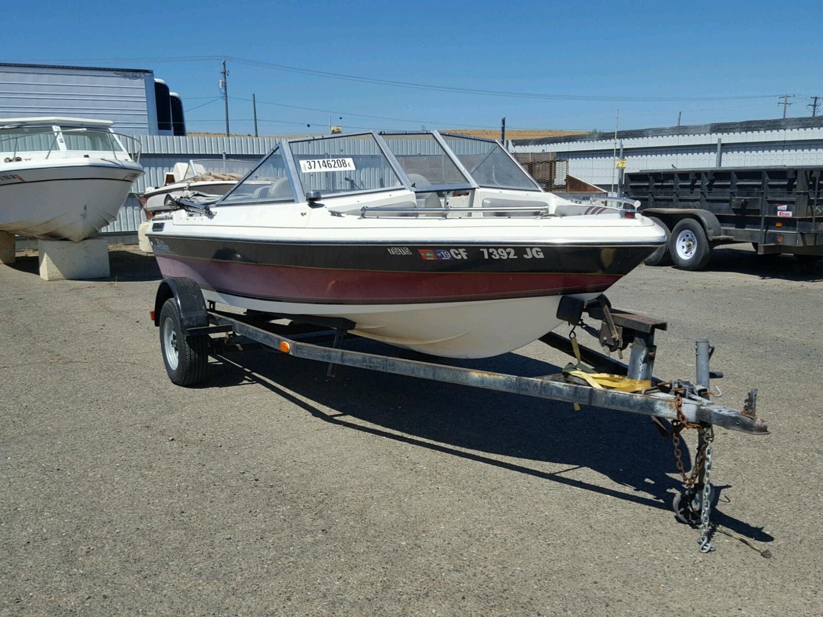 Salvage 1986 Blue Wave 165 for sale