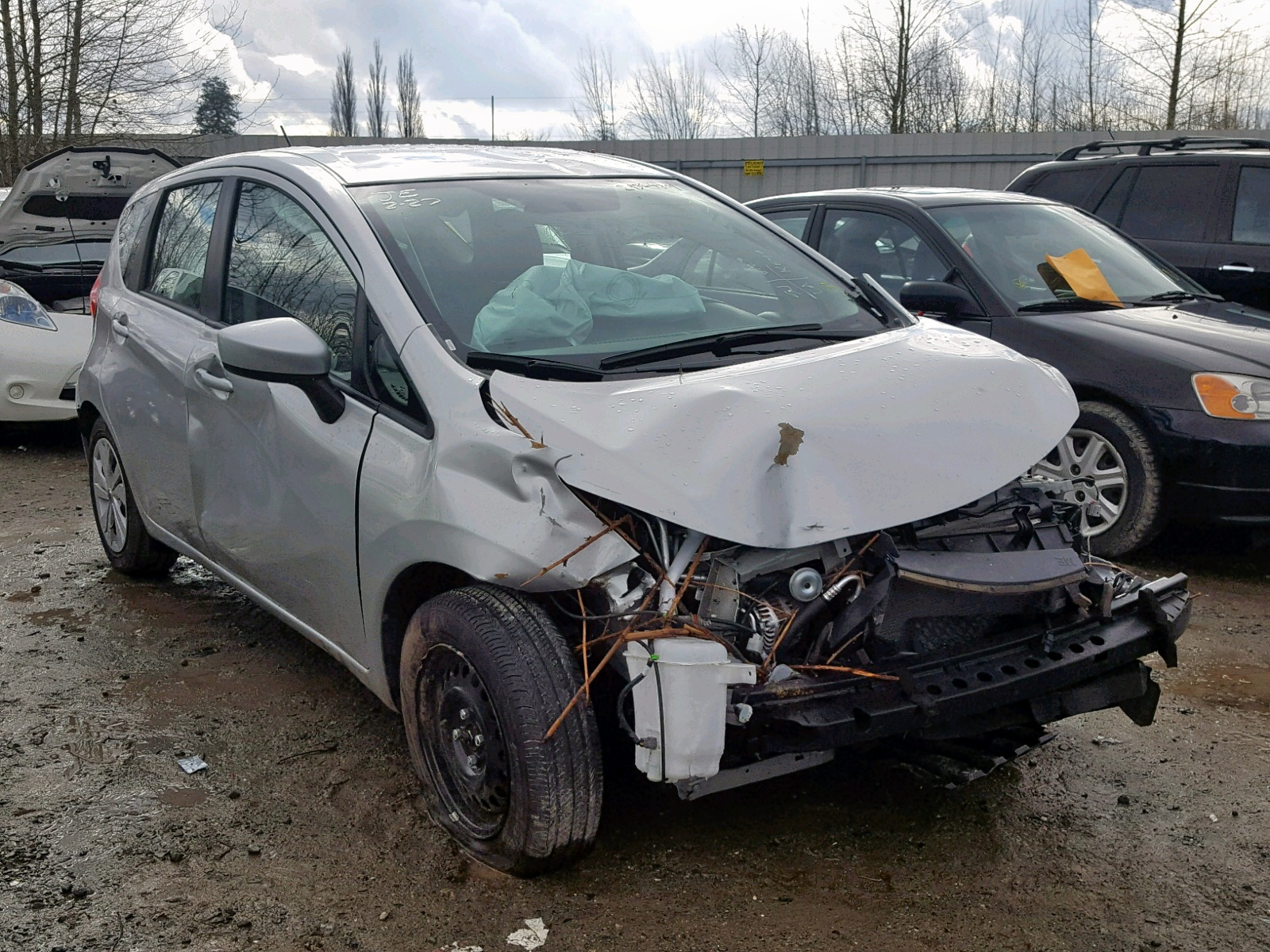 Salvage 2018 Nissan VERSA NOTE for sale