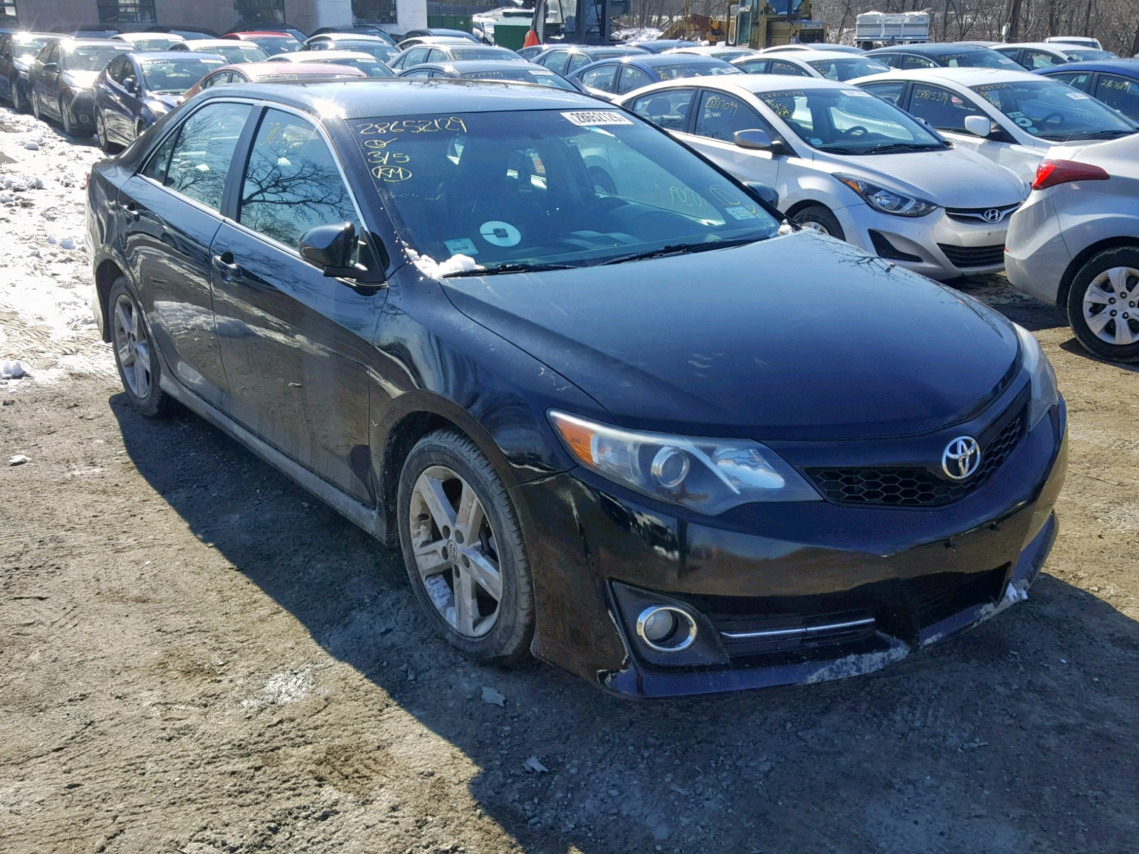 2014 Toyota Camry L 2.5L Left View