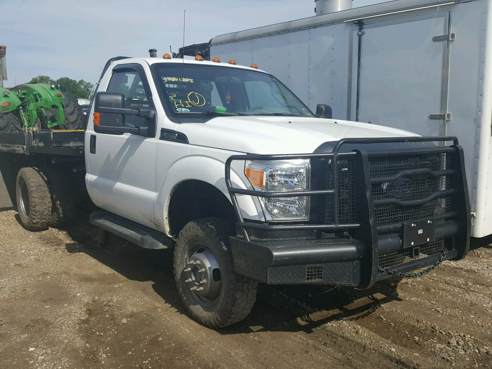 1fdrf3h69gea13483 2016 ford f350 super 6 2l left view 1fdrf3h69gea13483