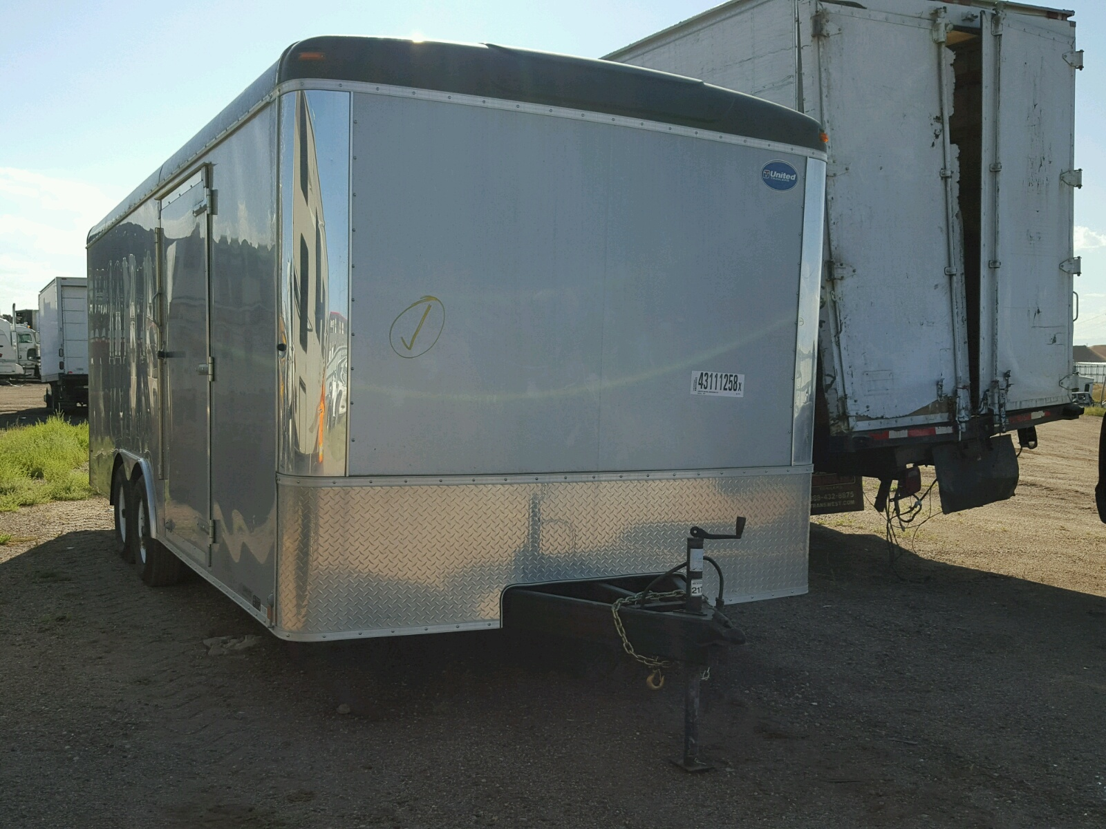 Salvage 2016 United Express TRAILER for sale